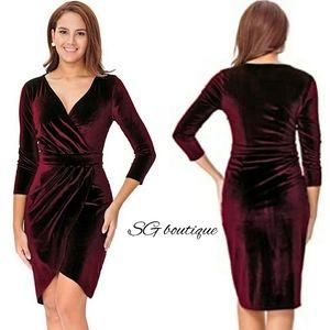 🆕⭐Wine red velvet dress